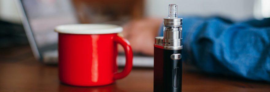 cigarette electronique et son liquide