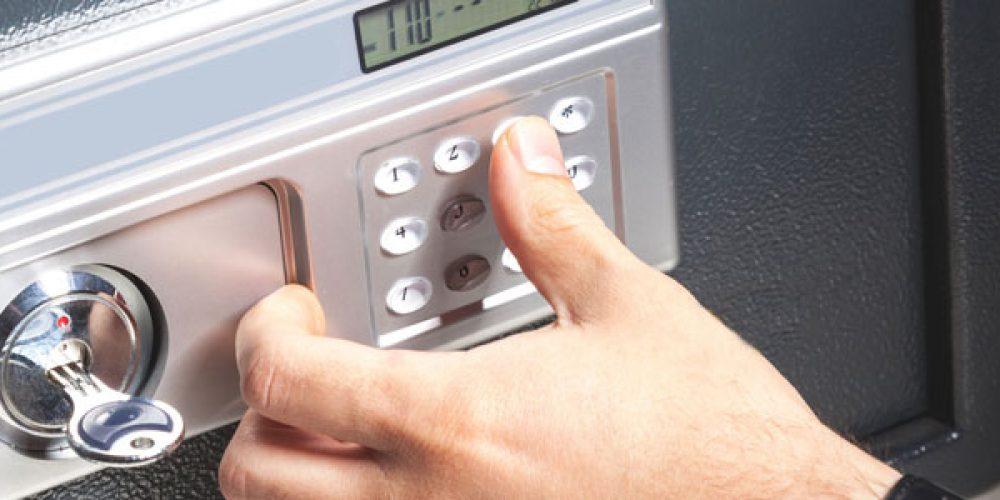 Pourquoi installer un coffre-fort chez soi ?