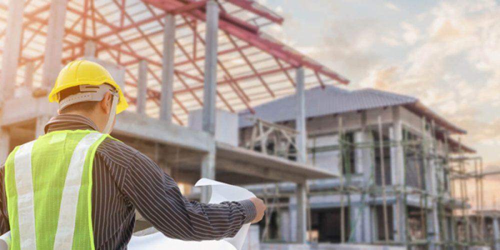 Maisons au style traditionnel ou contemporain : faire appel à l'expertise d'un constructeur spécialisé