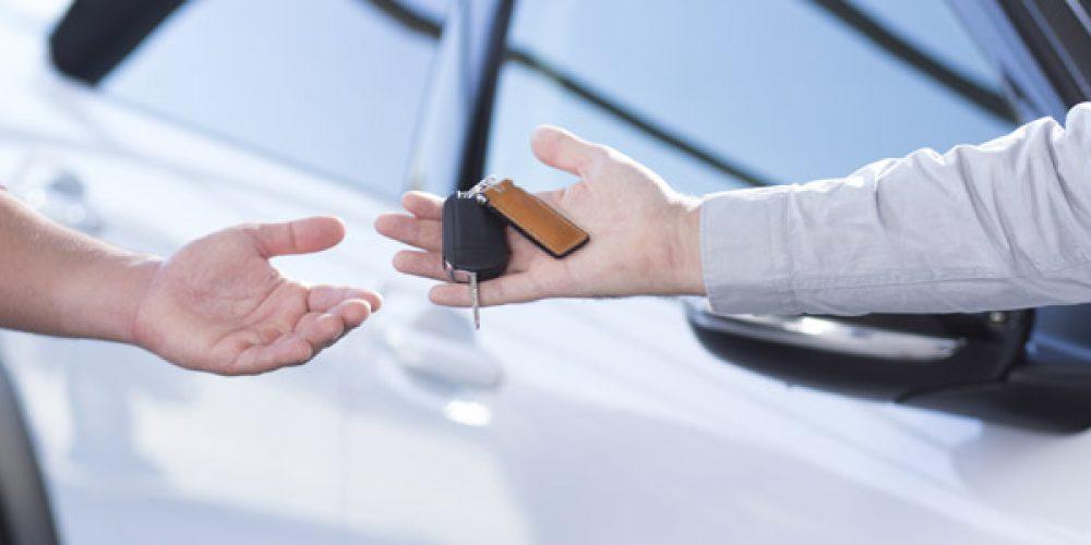 Location de voitures : Pourquoi utiliser un comparateur en ligne ?